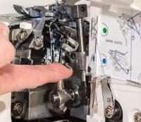Lewenstein 700DE lockmachine | Schuring naaimachines en inspiratie