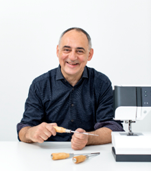 Branko-Petrovic | Schuring-naaimachines