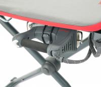 Singer SB3040 actieve strijktafel   Schuring naaimachines