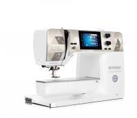 Bernina 590 Crystal Edition naai-borduurmachine   Schuring naaimachines